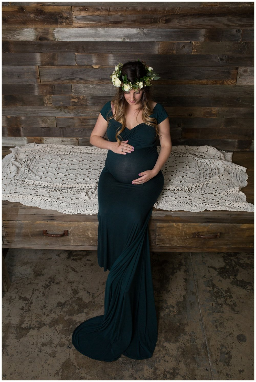 I love this maternity gown and Kristin looked stunning in it... I am on the hunt for more to add to my collection for Momma's to choose from during their session. If you know of a great place to find unique beautiful gowns please drop a comment below ...
