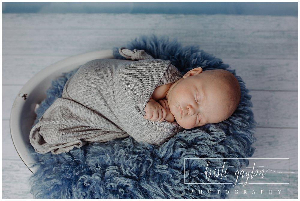 wrappingolderbabiesphotography