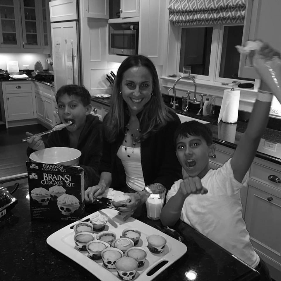She cooks too....