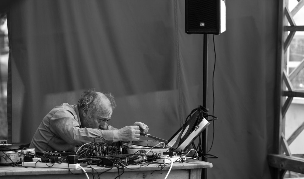 Philip Jeck, sonic artist live performance Liverpool 2016