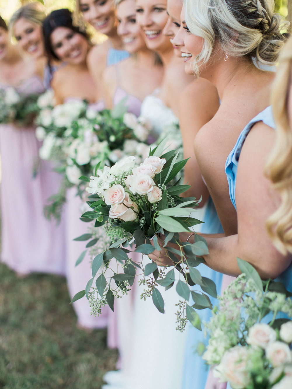 Planning, Coordination & Design - All of your wedding day details handled beautifully with our meticulous planning and full-service coordination packages. Scroll down to see more of our special pricing for clients of Long Hollow Gardens only.↓