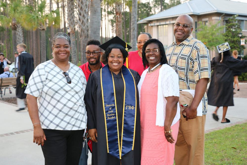 CSci Graduate & Family, Graduation 2017