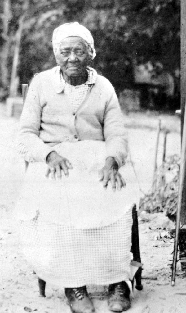 Former_slave_at_Kingsley_Plantation.jpg
