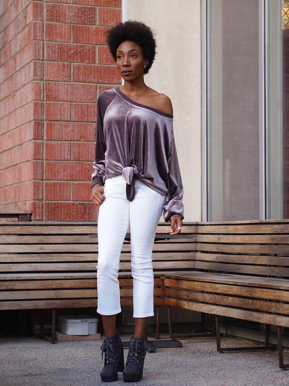Spring whites with a Flare Jeans: Cabi Booties: Forever 21 Sweatshirt: Goat Romasco 2 finger ring: Lady Cromer Jewelry