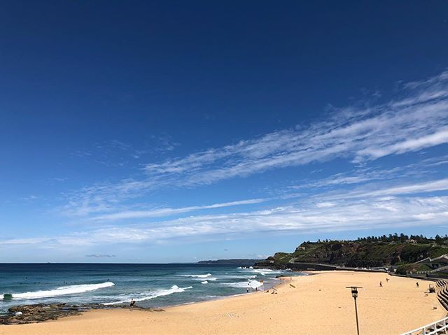 The sun is out! 🌞 Blue skies ahead for the weekend!! See you @ The Kiosk. . . . #thekiosk #thekiosknewcastlebeach #newcastle #mynewcastle #newy #newycoffee #newyeast #eastend #hellonewyeast #newylife #newybeach #newcastlebeach #redhot #beach #coffee