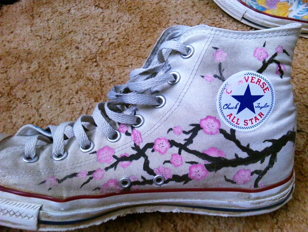 japan_converse__cherry_blossoms_by_shikamaru_link-d5y2nfa.jpg