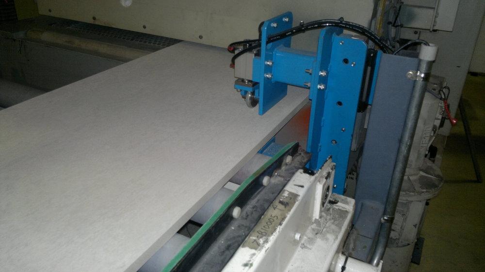 Laser thickness tester.jpg