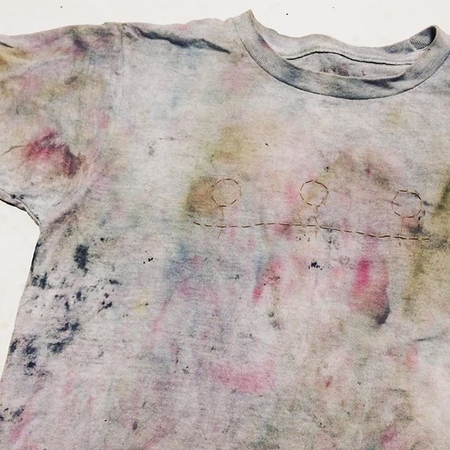 Happy Solstice friends / this shirt is dyed with plants + stitching reminds us we are stronger together / #thepresentisfemale #farmtofabric #craftivism #feministfashion #embroidery #naturaldye #naturallydyed #naturalindigo #indigochild #tshirtdesign #fashrev #fashionrevolution #slowfashion #sustainablestyle #zerowaste #metoo #venus