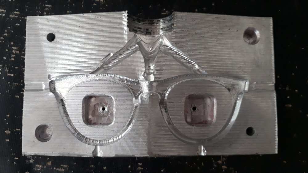 Mould for sun glasses