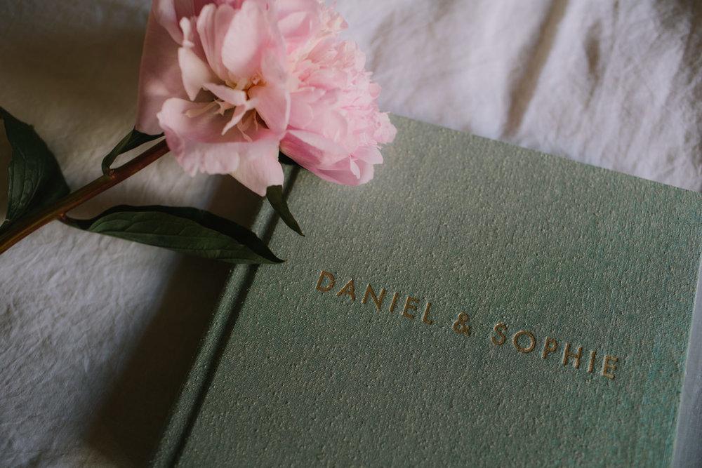 I-Got-You-Babe-Weddings-Fine-Art-Books33.jpg