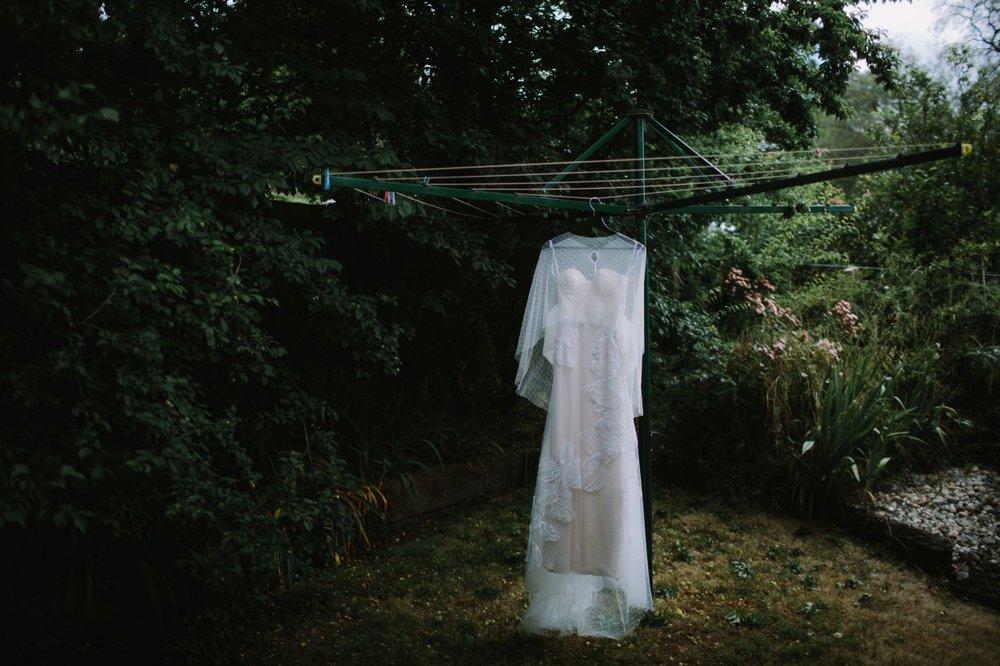 I-Got-You-Babe-Weddings-Farm-Backyard-Wedding-Clarice_Rob016.jpg