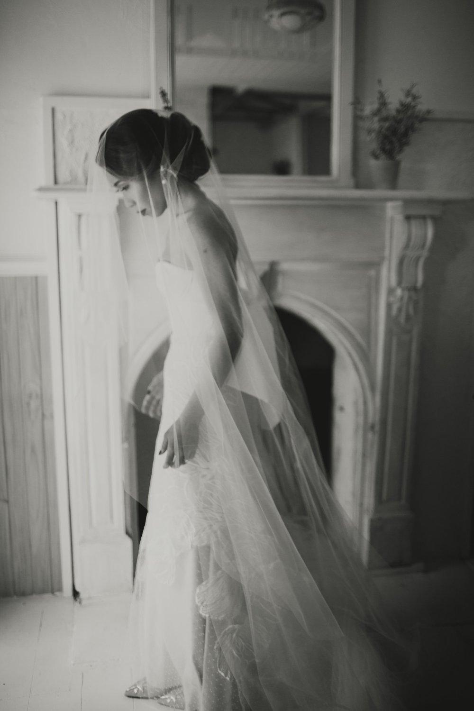 I-Got-You-Babe-Weddings-Farm-Backyard-Wedding-Clarice_Rob021.jpg