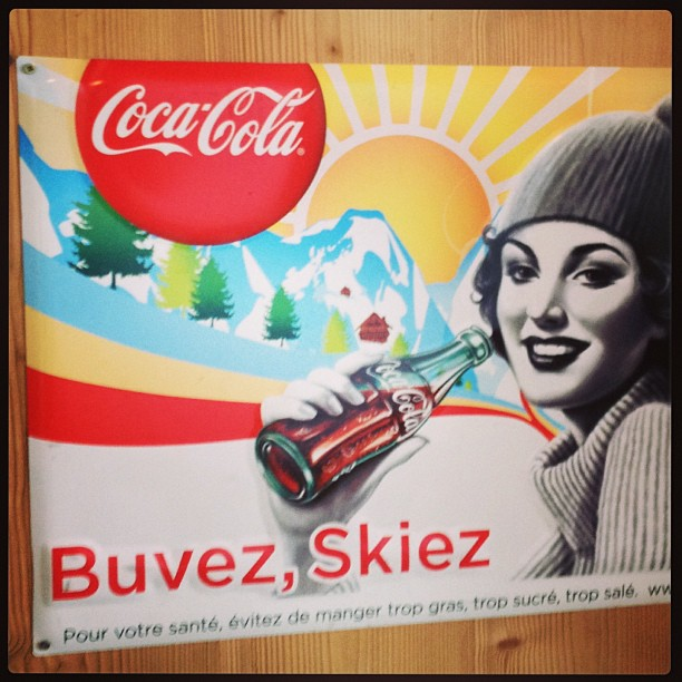 Boodschap van algemeen nut. Van op skivakantie #omdathetkan.