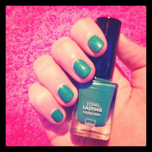 Ben ik nu een echte beautyblogger/instagramer?   Bedankt Sabine & Saskia voor de service, schone kleurtjes en jullie coolness!