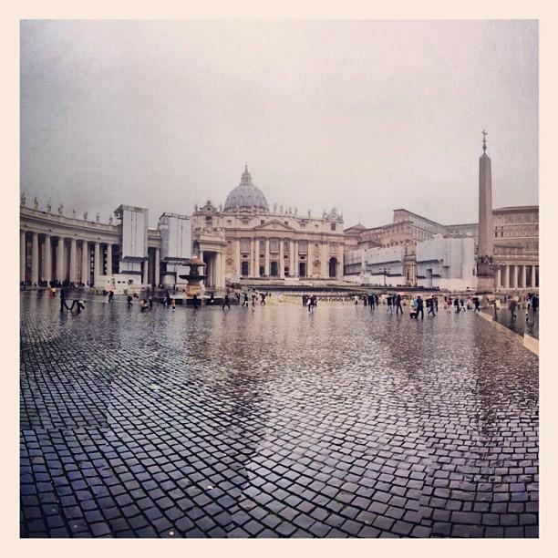 Hierzo! (at Piazza San Pietro)