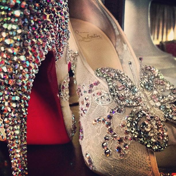 Rode zolen, glitters, & vlinders. Ik wil. #cinderella #louboutin (Taken with  Instagram  at Warwick Barsey Hotel)