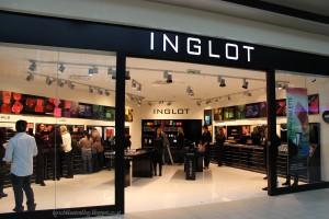 inglot donauzentrum aussenansicht shop