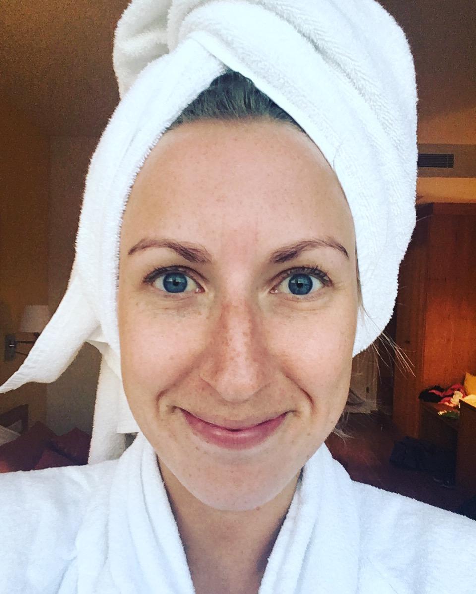ein paar Tage kein Make-up und hauptsächlich im Bademantel unterwegs - schöööön