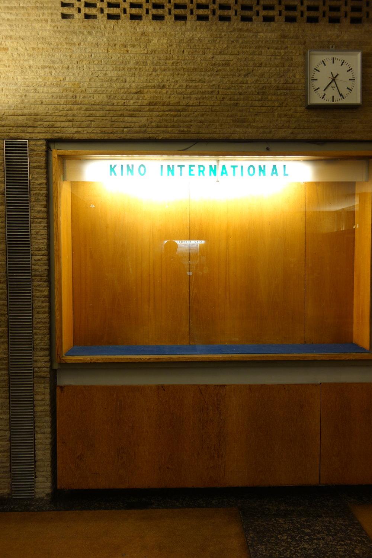 Eines meiner Lieblingskinos in Berlin: Das Kino International. Dort lief auch  Das Salz der Erde.