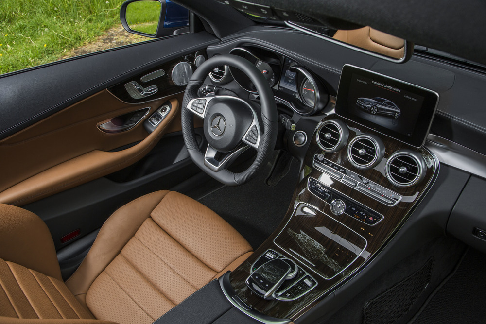 2017 Mercedes-Benz C300 Coupe (17).jpg