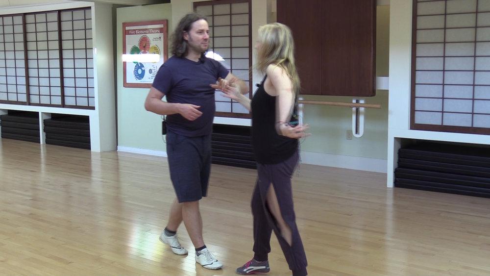 online salsa dance lessons