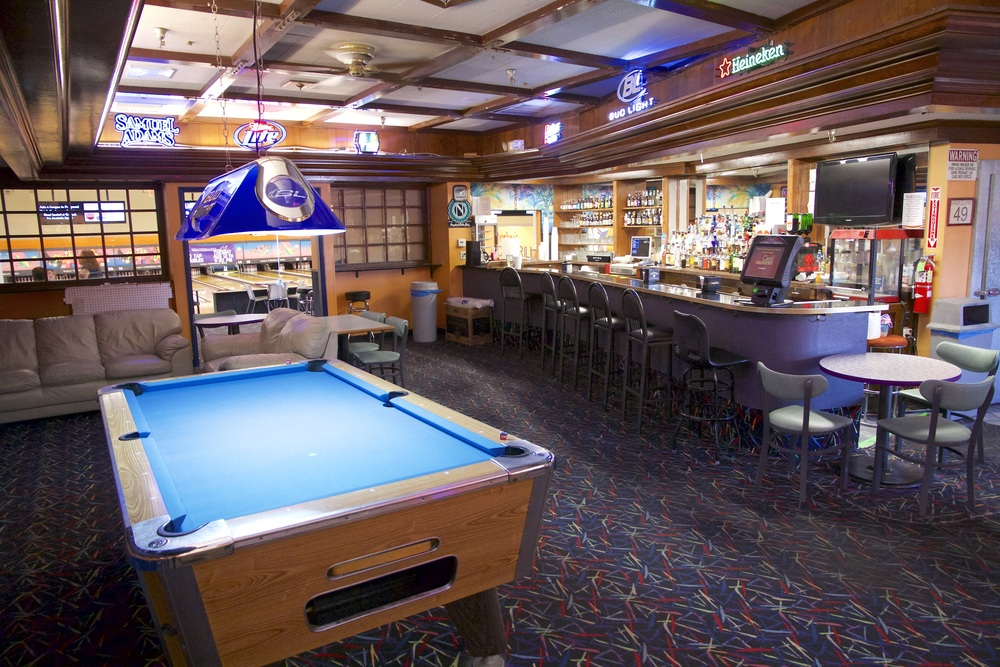 harley's camarillo bowling bar 1.jpg