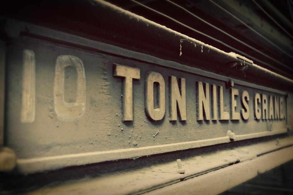 """10 Ton Crane"""