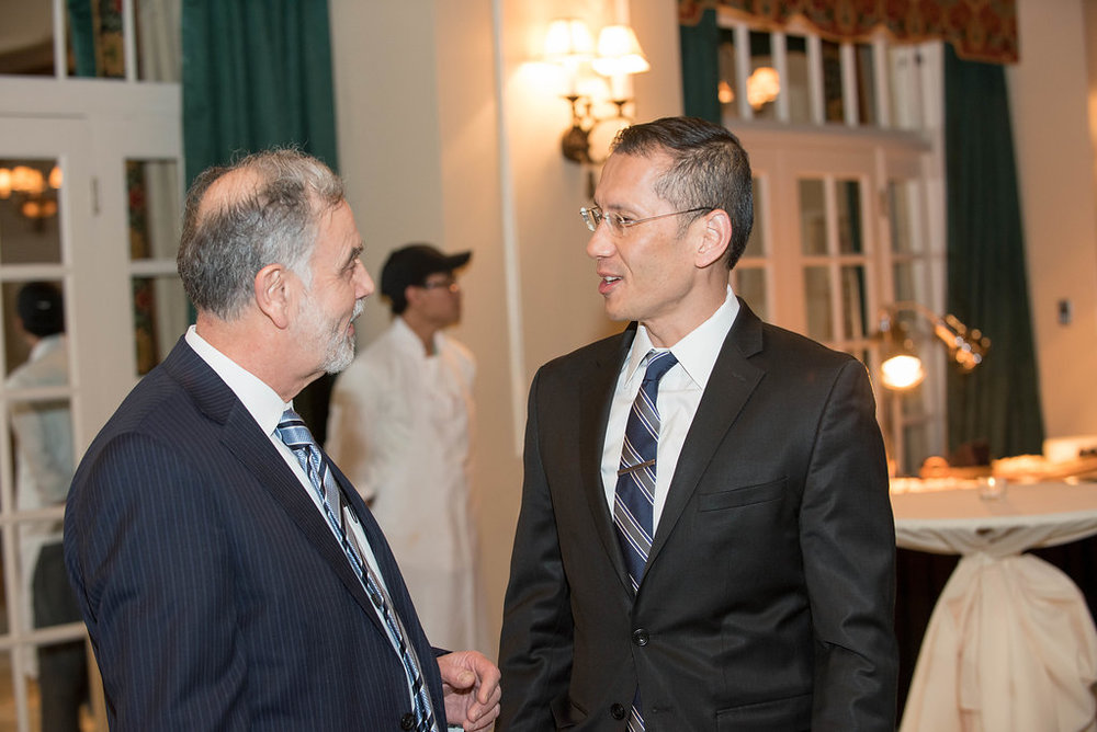 Dr. Talal Sunbulli from GI Associates and Dr. Douglass Lee from Southwest Gastroenterology taking time to catch up.