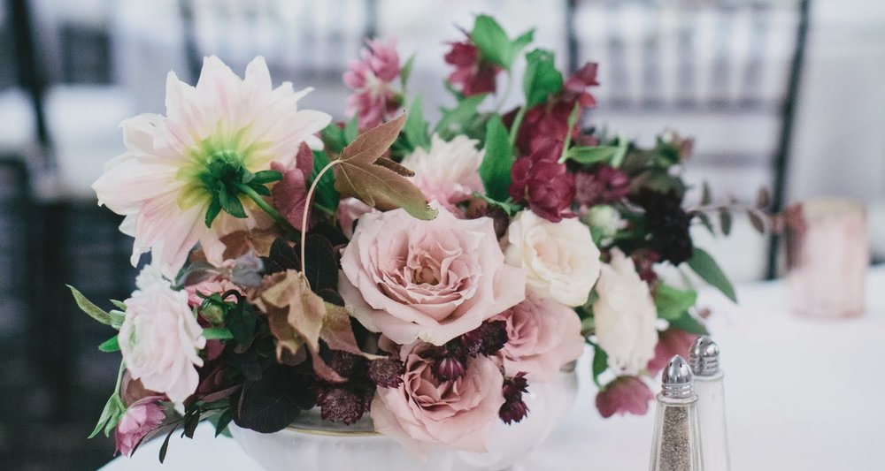 Flowers by Sister of the Bride | Photography by Manor Studios 1848
