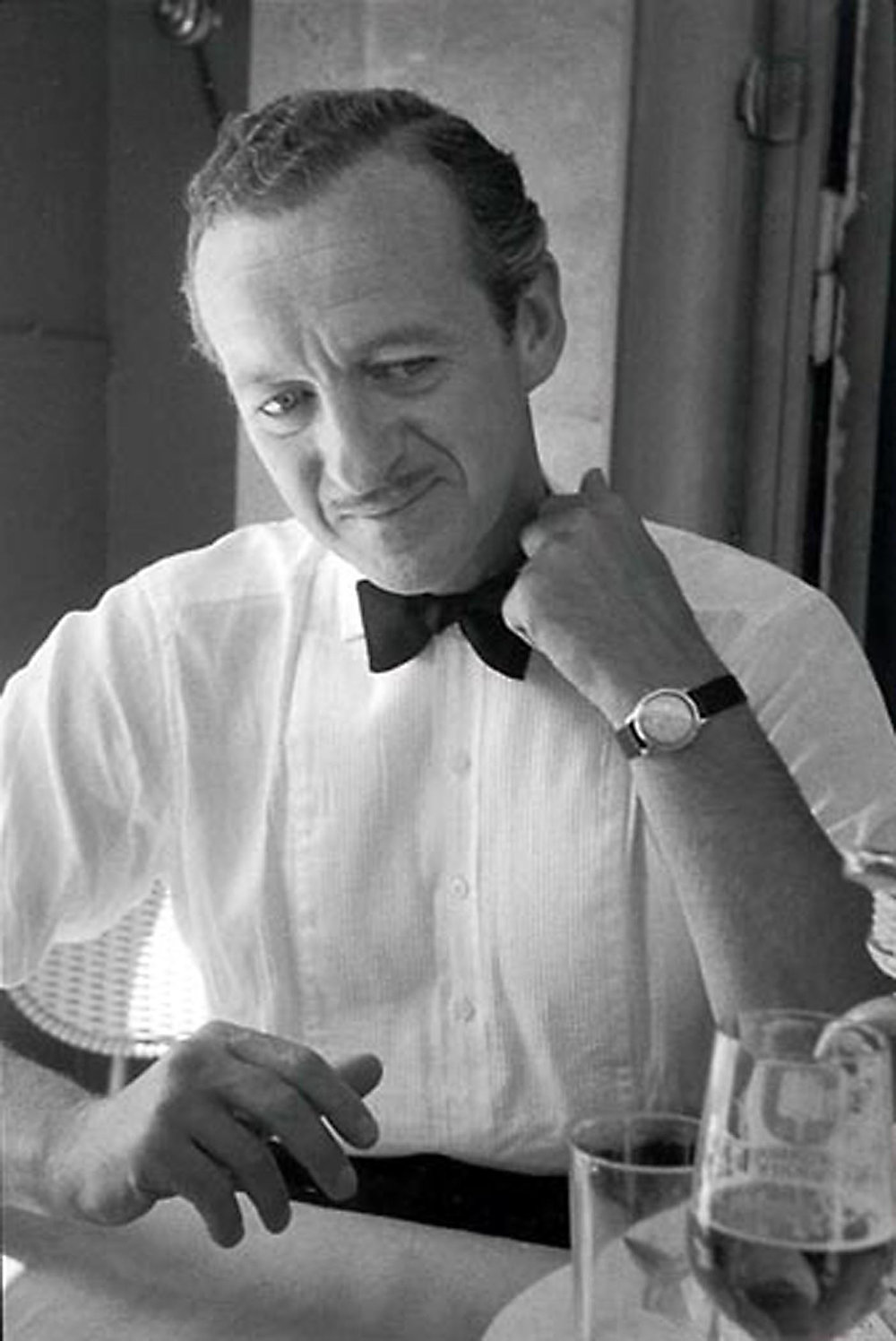 HANNON_david_niven_(paris)_1959_p11x14_high.jpg