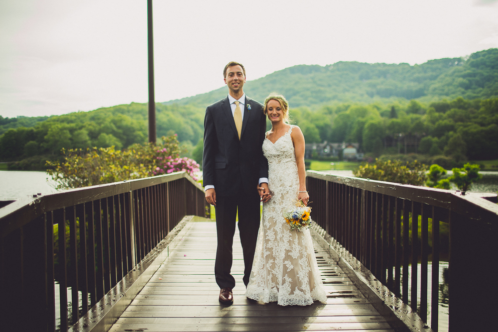 taylor-travis-grandfather-mountain-kelley-raye-north-carolina-wedding-photographer-90.jpg