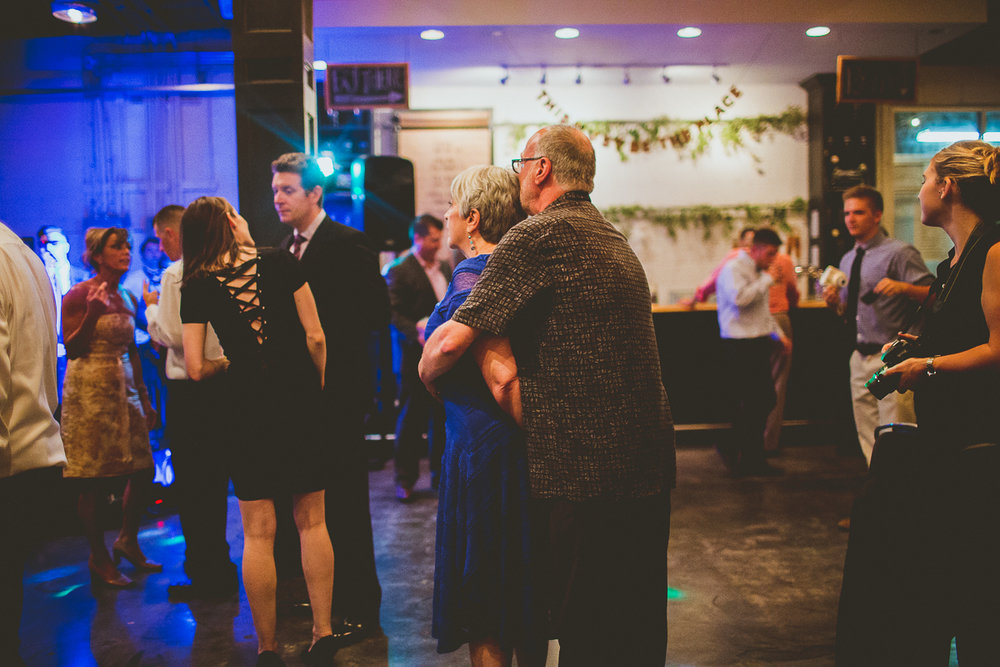 marisa-matt-kelley-raye-atlanta-wedding-photographer-178.jpg