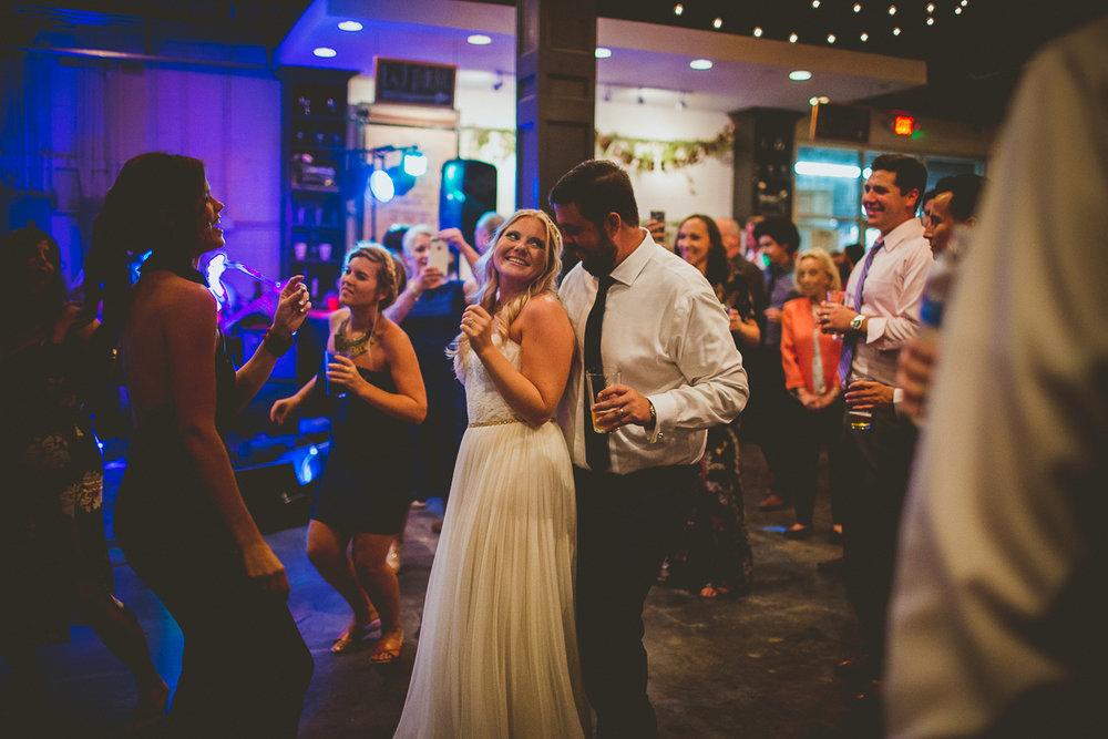 marisa-matt-kelley-raye-atlanta-wedding-photographer-188.jpg
