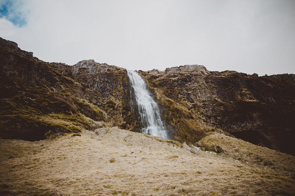 reykjavik-iceland-kelley-raye-atlanta-destination-wedding-elopement-photographer-25.jpg