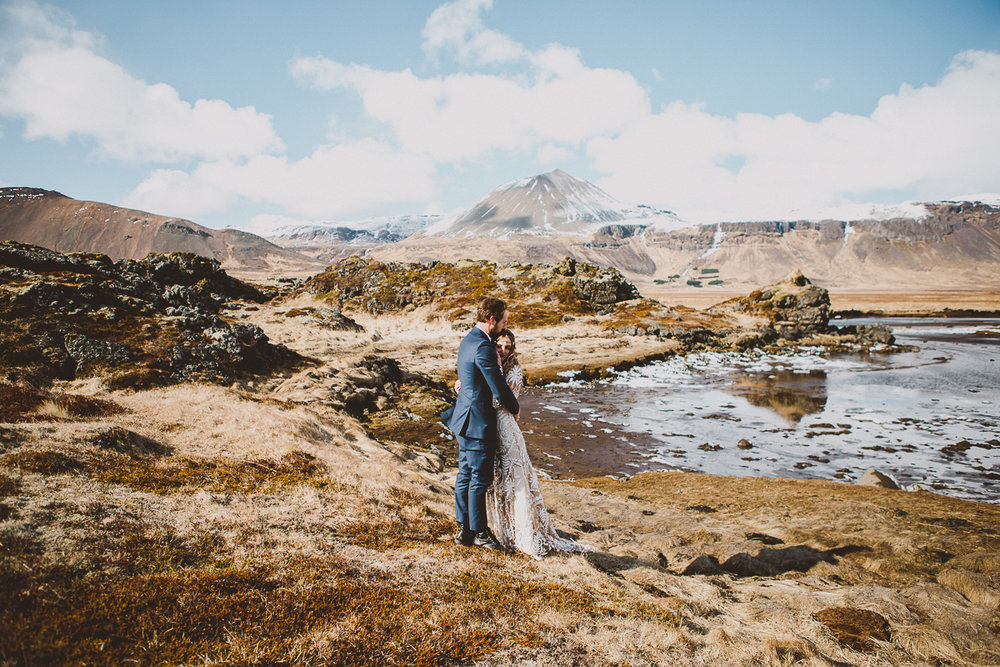 courtney-chris-reykjavik-iceland-elopment-kelley-raye-atlanta-destination-wedding-photographer-146.jpg