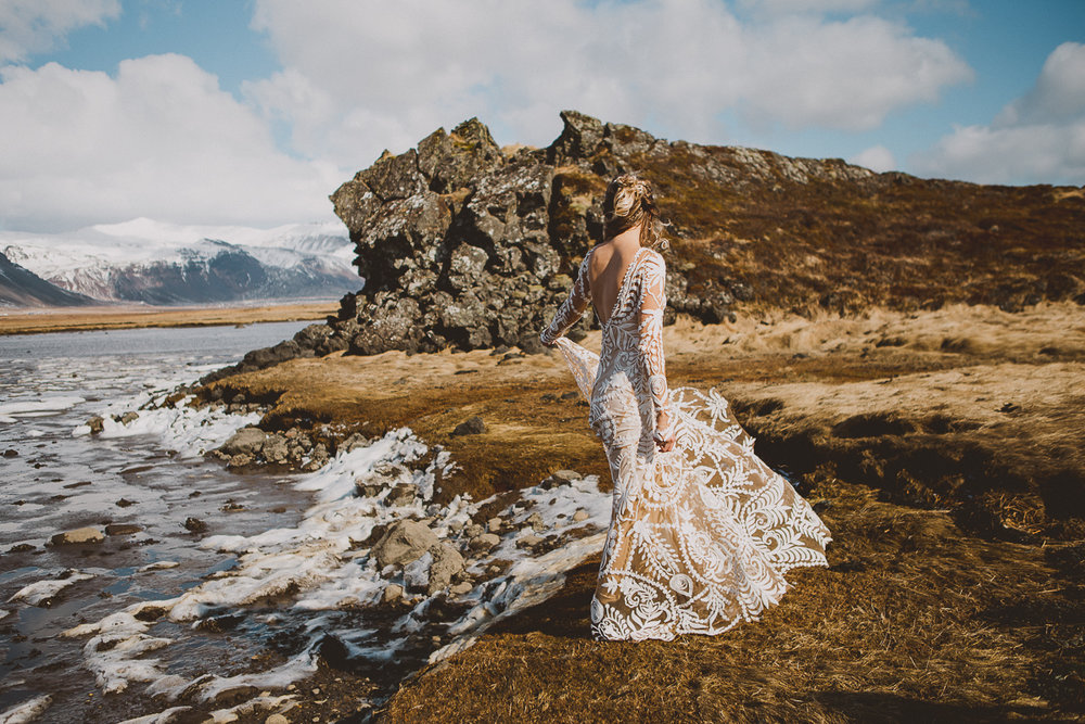 courtney-chris-reykjavik-iceland-elopment-kelley-raye-atlanta-destination-wedding-photographer-149.jpg