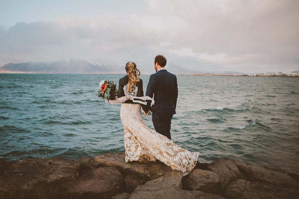 courtney-chris-reykjavik-iceland-elopment-kelley-raye-atlanta-destination-wedding-photographer-239.jpg