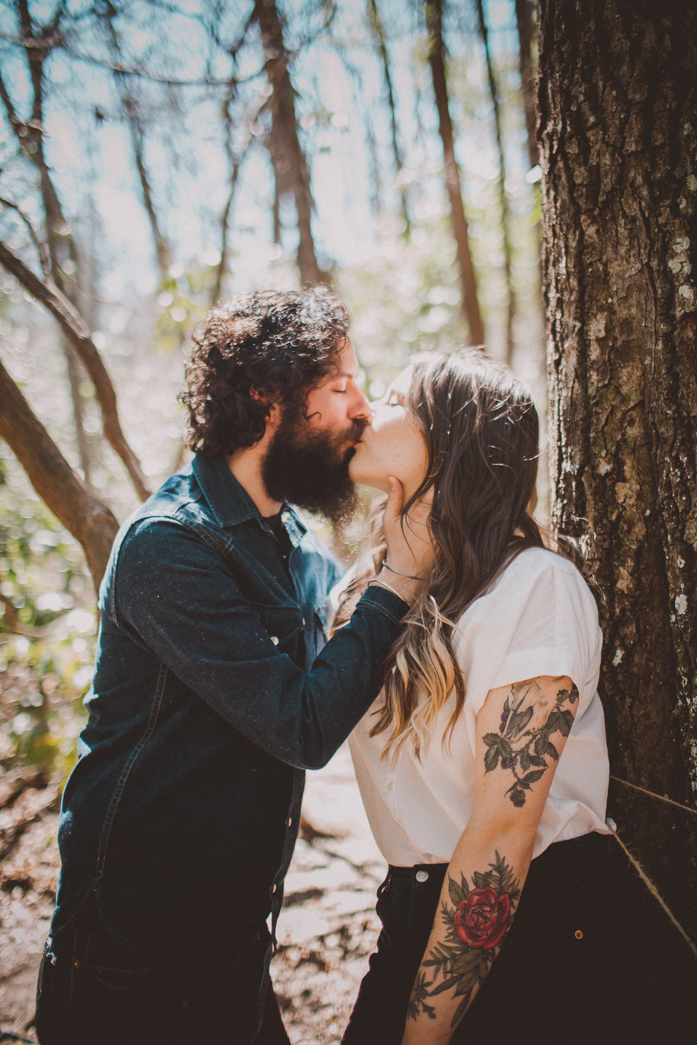 hipster-mountain-engagement-kelley-raye-los-angeles-wedding-photographer-11.jpg