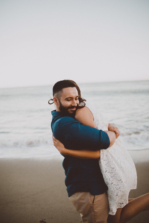 rachelle-dominic-malibu-beach-engagement-kelley-raye-los-angeles-wedding-photographer-4.jpg