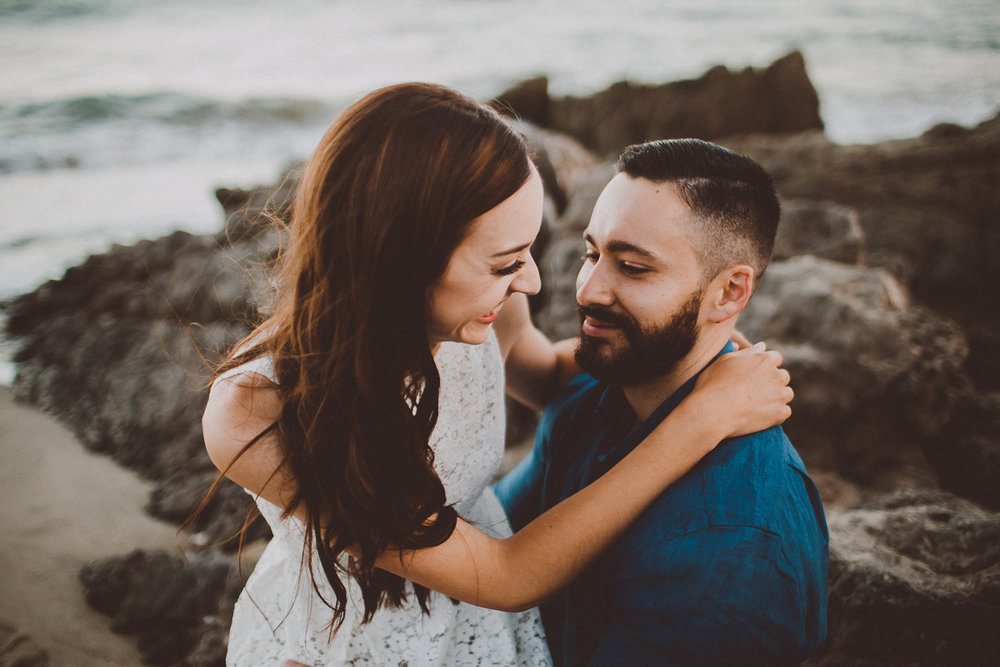 rachelle-dominic-malibu-beach-engagement-kelley-raye-los-angeles-wedding-photographer-8.jpg