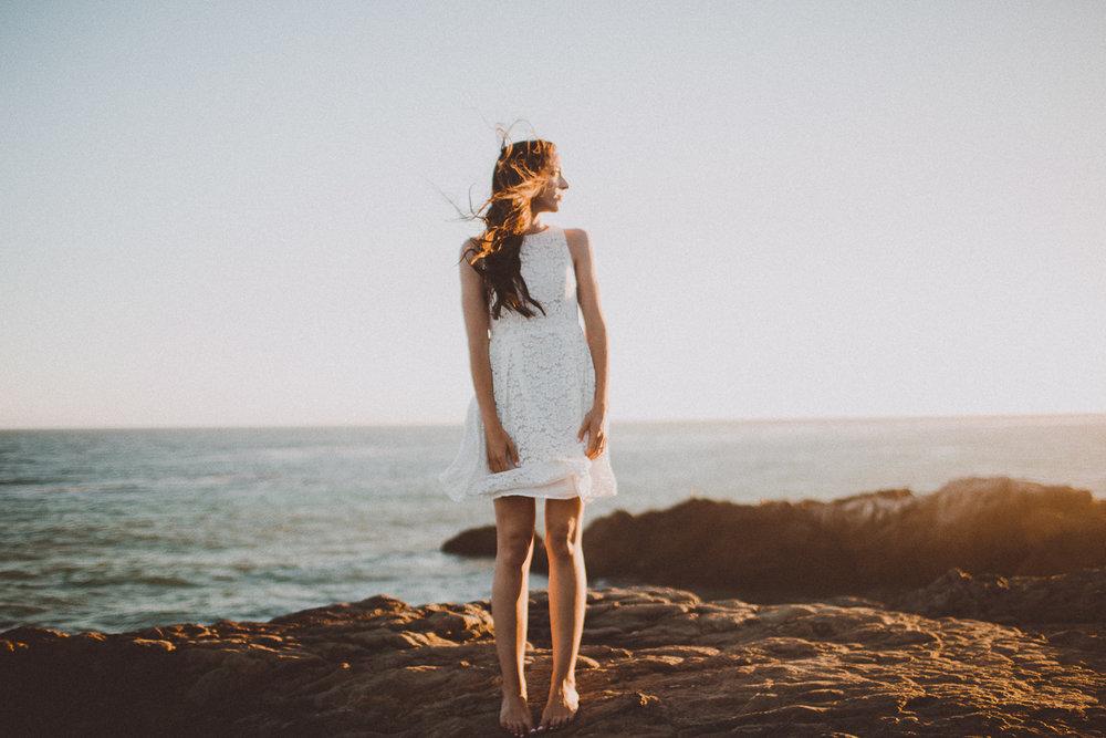 rachelle-dominic-malibu-beach-engagement-kelley-raye-los-angeles-wedding-photographer-20.jpg