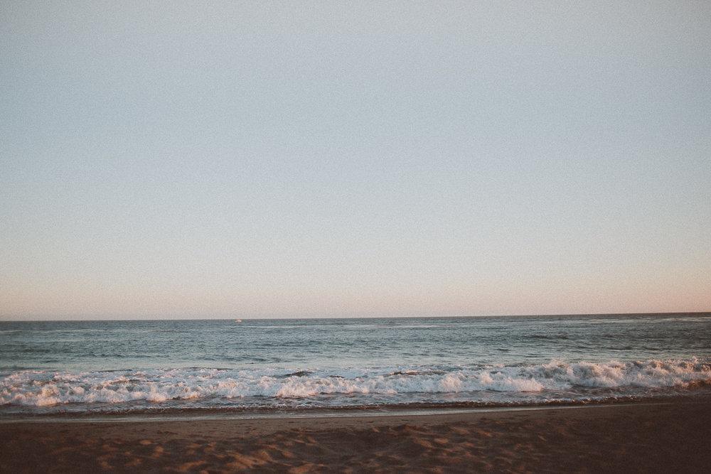 rachelle-dominic-malibu-beach-engagement-kelley-raye-los-angeles-wedding-photographer-34.jpg