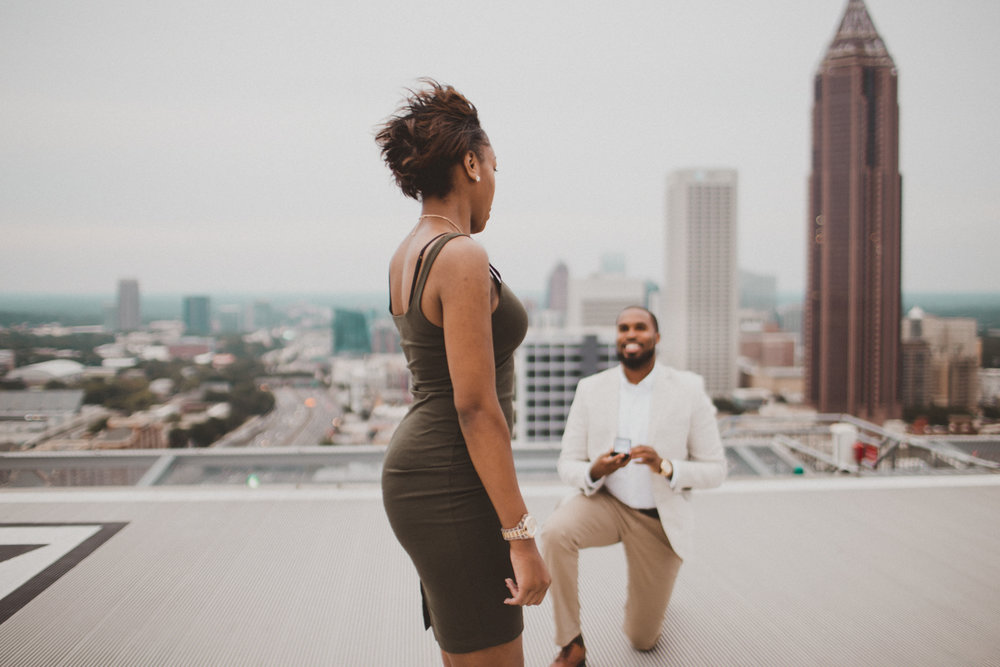 helipad-surprise-proposal-kelley-raye-atlanta-wedding-photographer-14.jpg