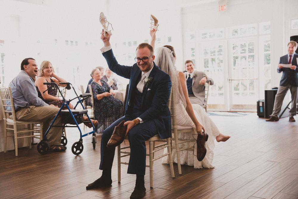 courtni-tom-flint-hill-kelley-raye-atlanta-wedding-photographer-11.jpg