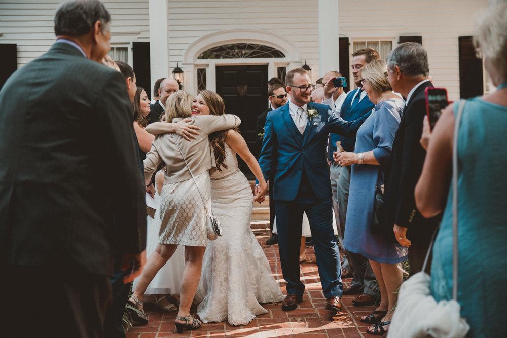 courtni-tom-flint-hill-kelley-raye-atlanta-wedding-photographer-13.jpg