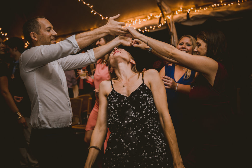 allie-andrew-wahoo-grill-kelley-raye-atlanta-wedding-photographer-75.jpg