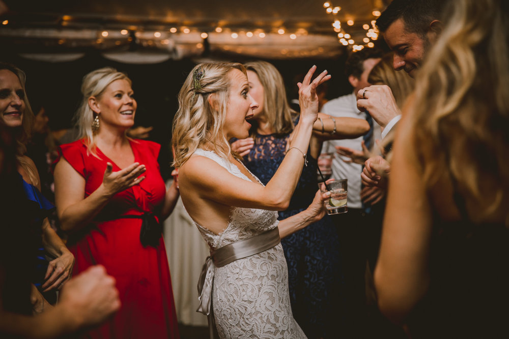 allie-andrew-wahoo-grill-kelley-raye-atlanta-wedding-photographer-78.jpg