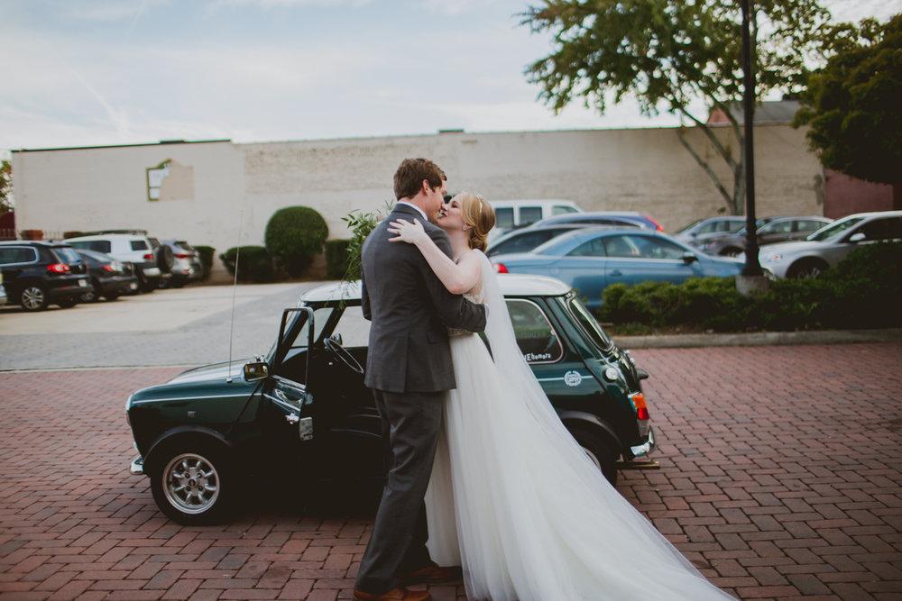 tia-bryce-the-brickyard-marietta-kelley-raye-atlanta-wedding-photographer-94.jpg