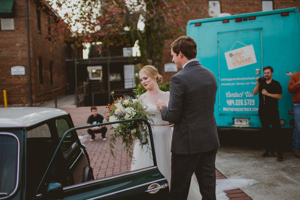 tia-bryce-the-brickyard-marietta-kelley-raye-atlanta-wedding-photographer-95.jpg