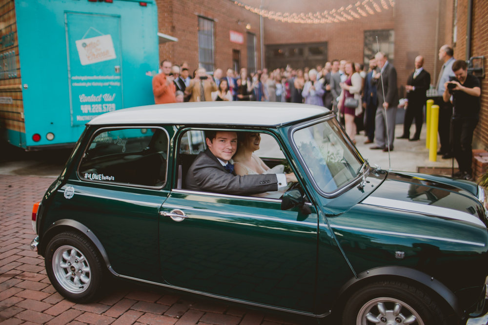 tia-bryce-the-brickyard-marietta-kelley-raye-atlanta-wedding-photographer-98.jpg